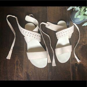 KOOLABURRA by UGG Ankle Tie Sandals SIZE 6